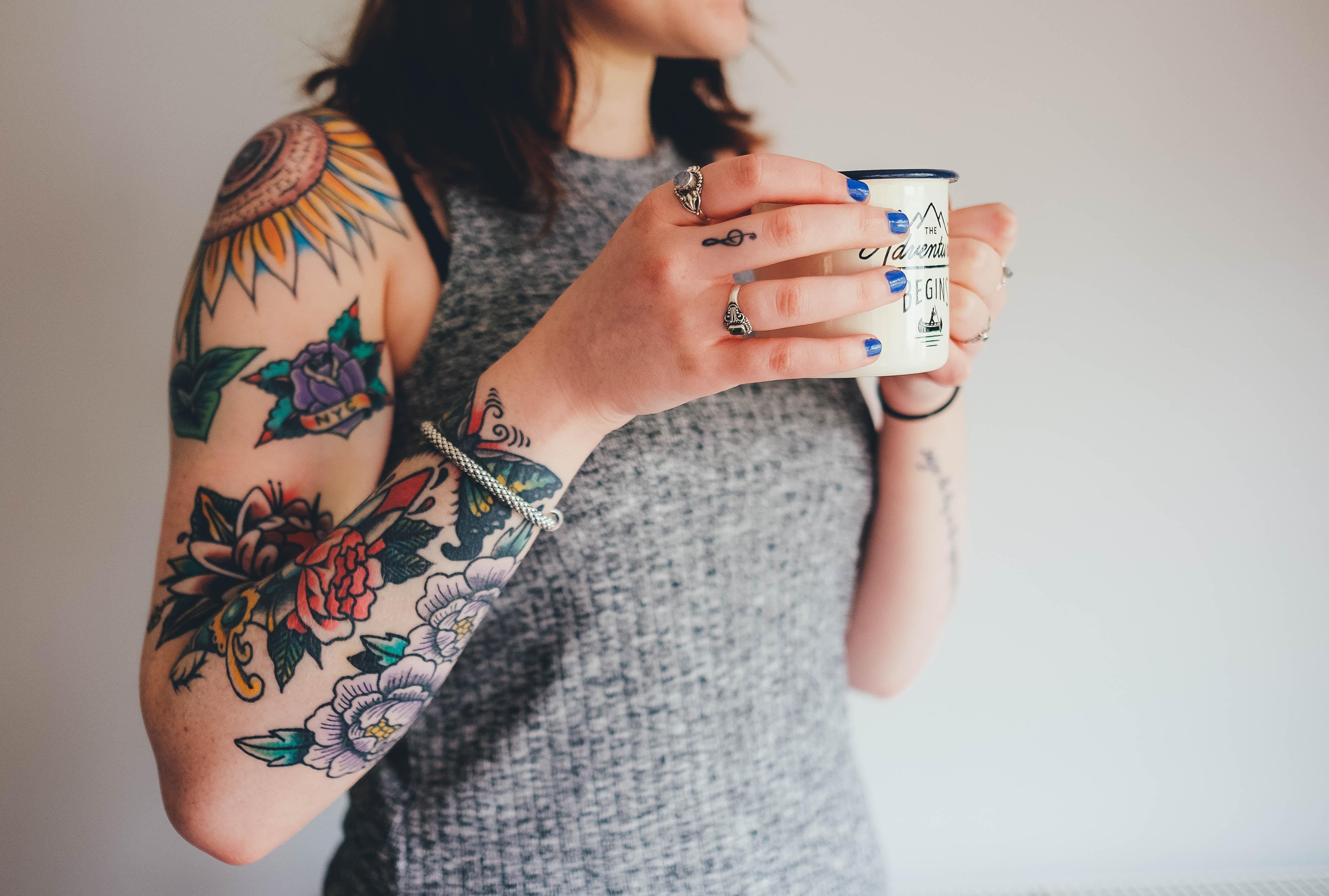 Tatuaże Damskie Z Prawdziwych Roślin Rit Kit Tatoo