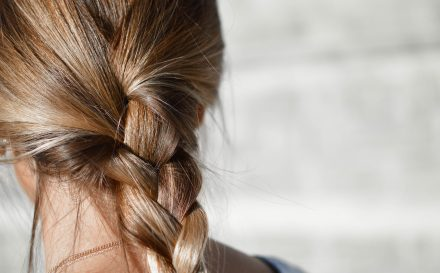 Co niszczy Twoje włosy?