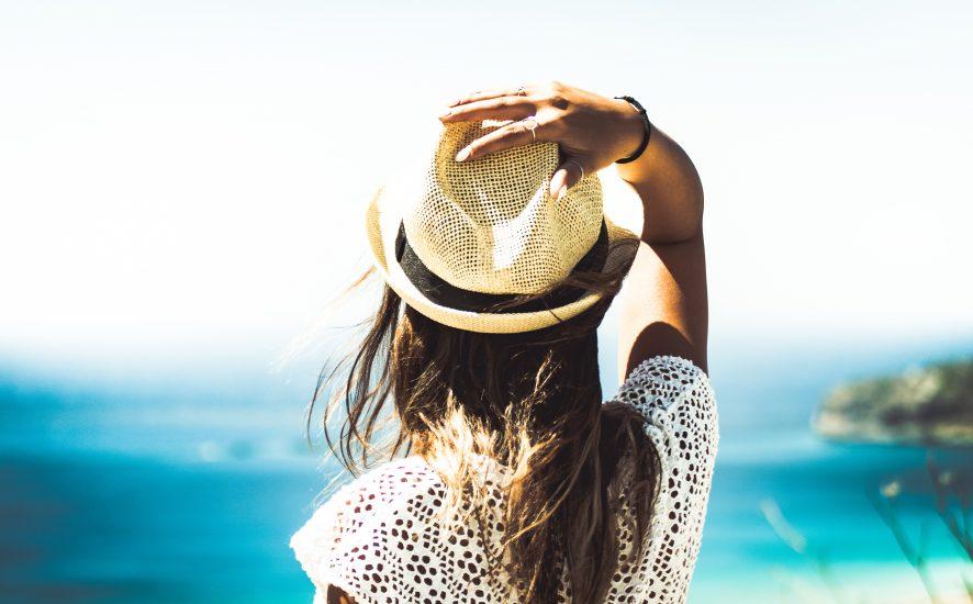 Poznaj kosmetyczny niezbędnik na lato