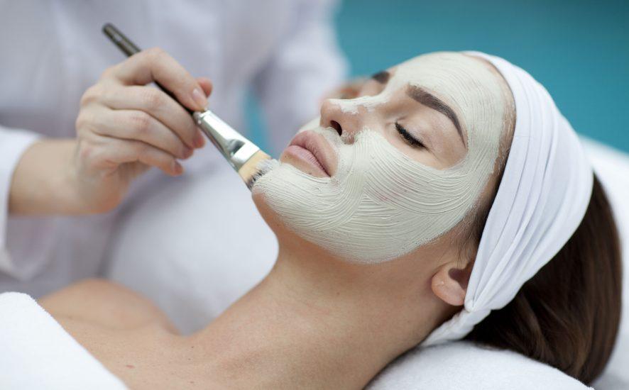 Poznaj właściwości węglowej maski bubblemask
