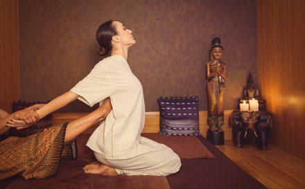 Dowiedz się na czym polega masaż tajski
