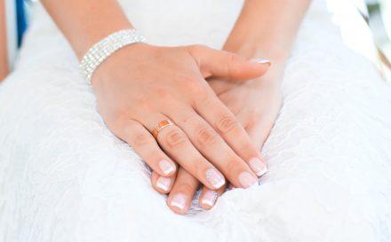 Poradnik o paznokciach french, czyli jak zrobić manicure francuski krok po kroku