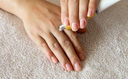 Maść cynkowa – zastosowanie w leczeniu wyprysków i trądziku. Recenzja produktu