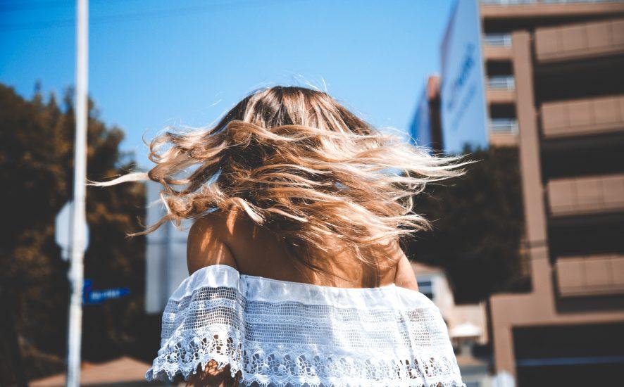 Najciekawsze Upięcia Włosów Do Ramion Ombre Grzywka A Może