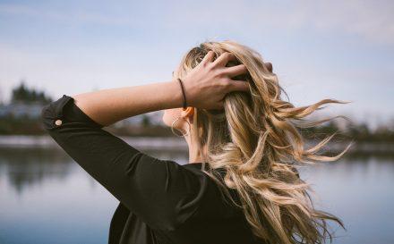 Przedłużanie włosów metodą ultradźwiękową