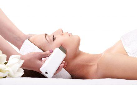 Peeling kawitacyjny – idealny sposób na oczyszczoną cerę