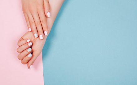 Jak dbać o paznokcie? Pielęgnacja łamliwych paznokci z tendencją do rozdwajania
