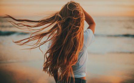 Sprawdź, ile kosztuje przeszczep włosów i jak wygląda zabieg