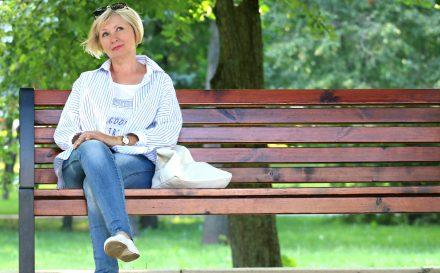Cera dojrzała po pięćdziesiątce – pielęgnacja, makijaż, dieta