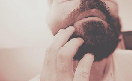 Higiena intymna mężczyzn – najlepszy poradnik, jak prawidłowo dbać o strefy intymne!