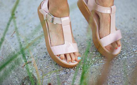 Najlepsze sposoby na pocenie stóp. Zobacz, jak przywrócić swoim stopom świeżość!