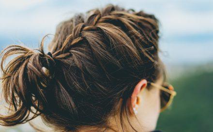 Przedstawiamy najlepsze fryzury na średnie włosy!