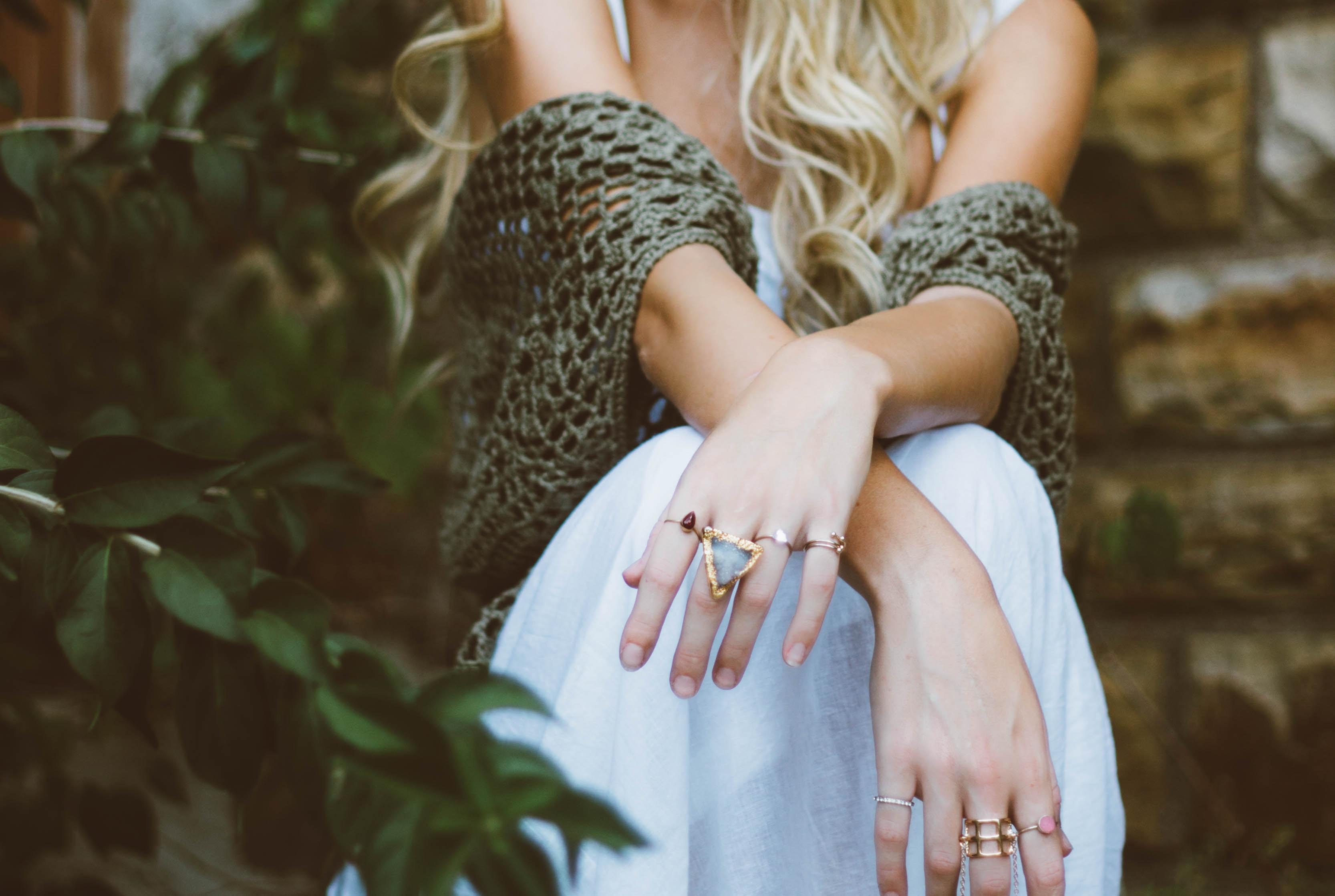 Białe plamki na paznokciach u dorosłych i dzieci