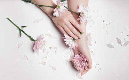 Wyjaśniamy na czym polega manicure japoński! Sprawdź koniecznie, dlaczego warto go wykonać!