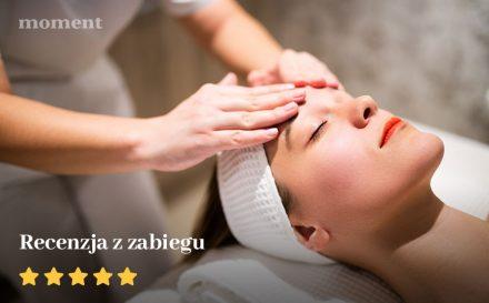 Jak oczyścić twarz? Recenzja zabiegu kwasami i oczyszczania manualnego