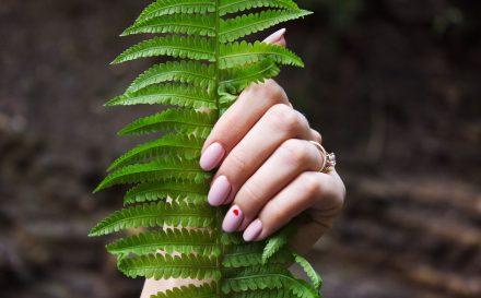 Wiosenny manicure – najgorętsze trendy 2019!