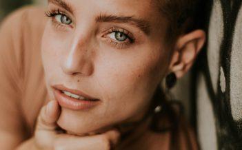 Jakie korzyści przynosi stosowanie kosmetyków mineralnych?
