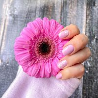 Manicure wiosenny-Instagram-@monika_latallo