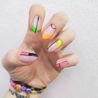 Manicure wiosenny-Instagram-@nailsmama_
