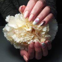 Manicure wiosenny-Instagram-@pazurkoovo