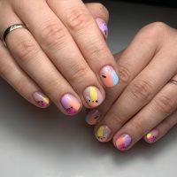 Wiosenny manicure-Instagram-@beautybar_paula