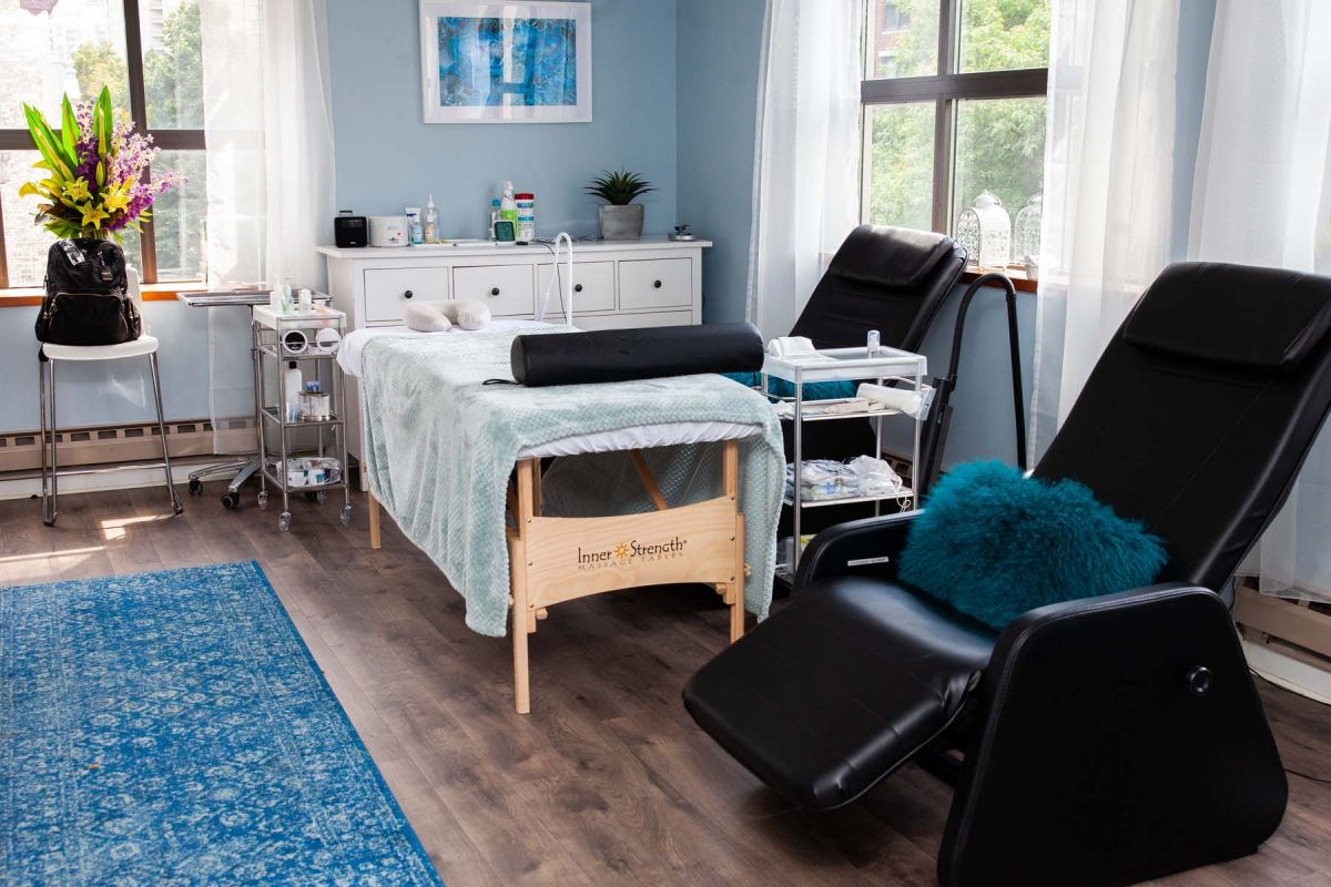 SKYN studio room with massage table