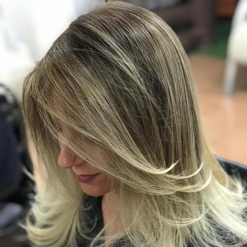 live style beauty salon