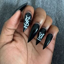 Nail Lounge - Orland City Guide 2020