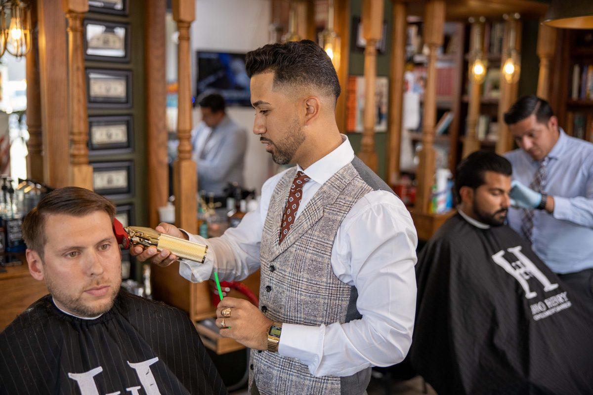 Community Pillar - Alex Hano cuts hair
