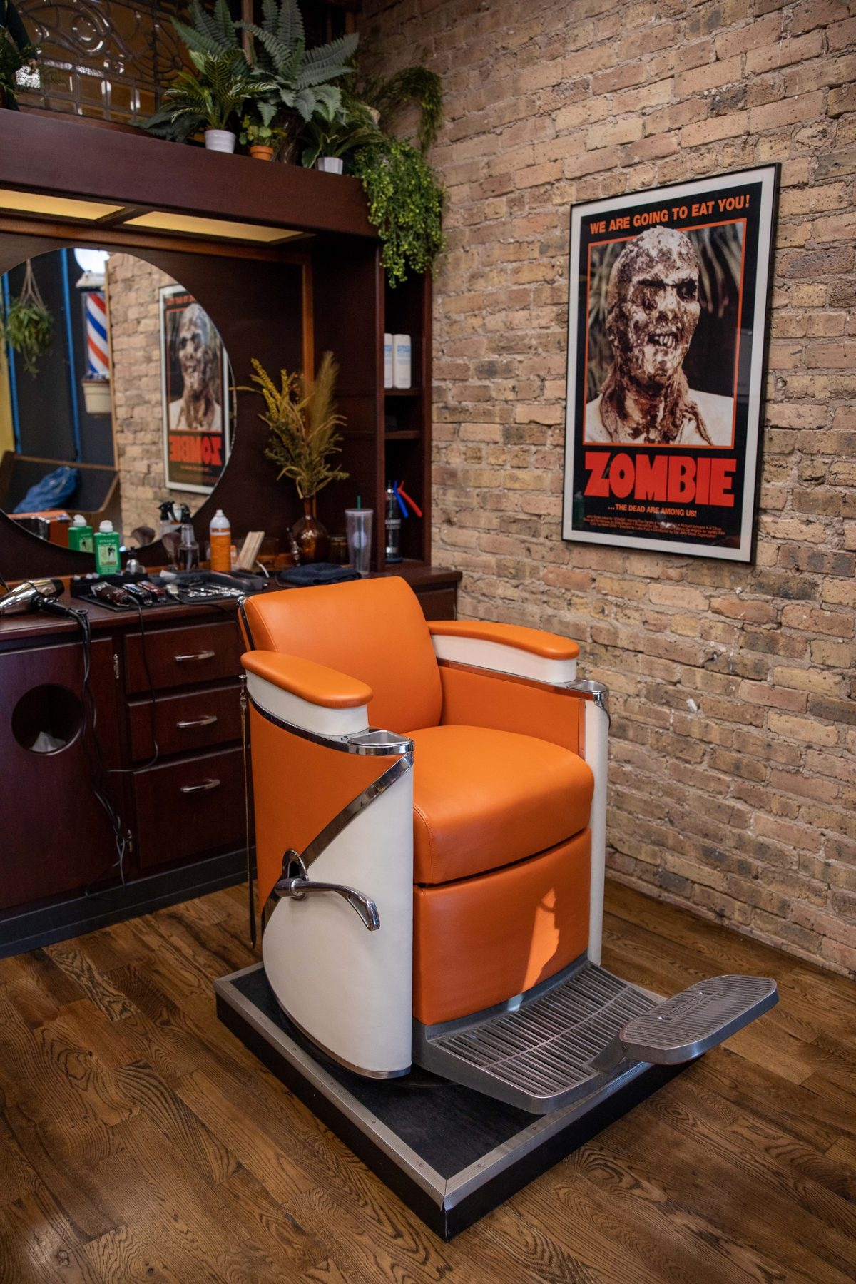 Pete's Barbershop chair