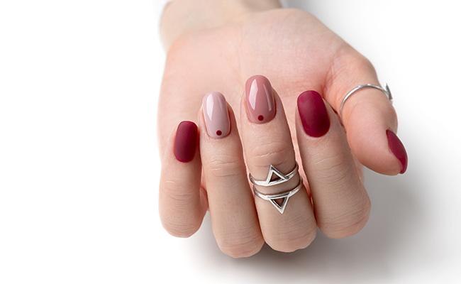 The nail trend that follows a color scheme.